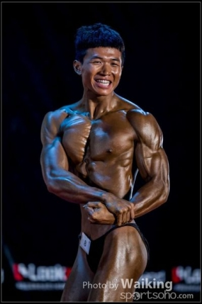 First Runner Up HKCBBA 2014 Hong Kong Bodybuilding Championships(Junior Men's Bodybuilding 70kg&below ) - 教練 Deon Kong